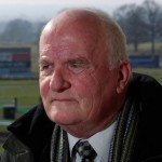 Long-serving daily horse racing editor dies aged 77