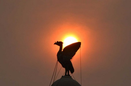 "A Liverpool Echo picture of the city's Liver Bird with the ""red sun"" in the background"