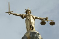 old-bailey-statue-justice-law-uk-crime