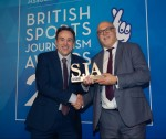 Sports reporter laments 'tough time' for industry as he collects award